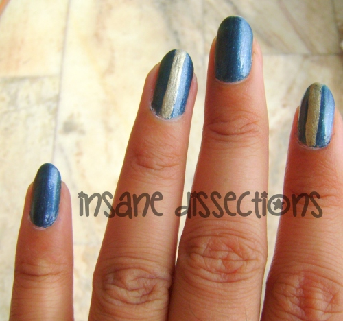 blue golden nail art-1