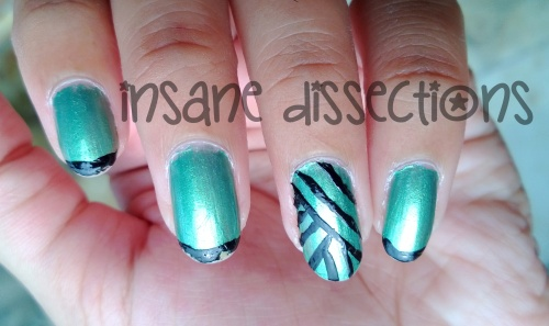 Green accent nail art-1