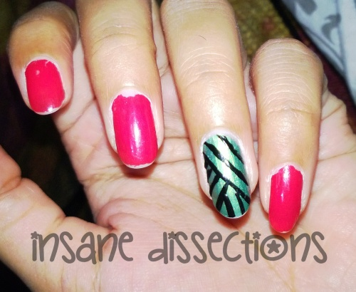Green accent nail art-5