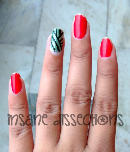 Green accent nail art-6