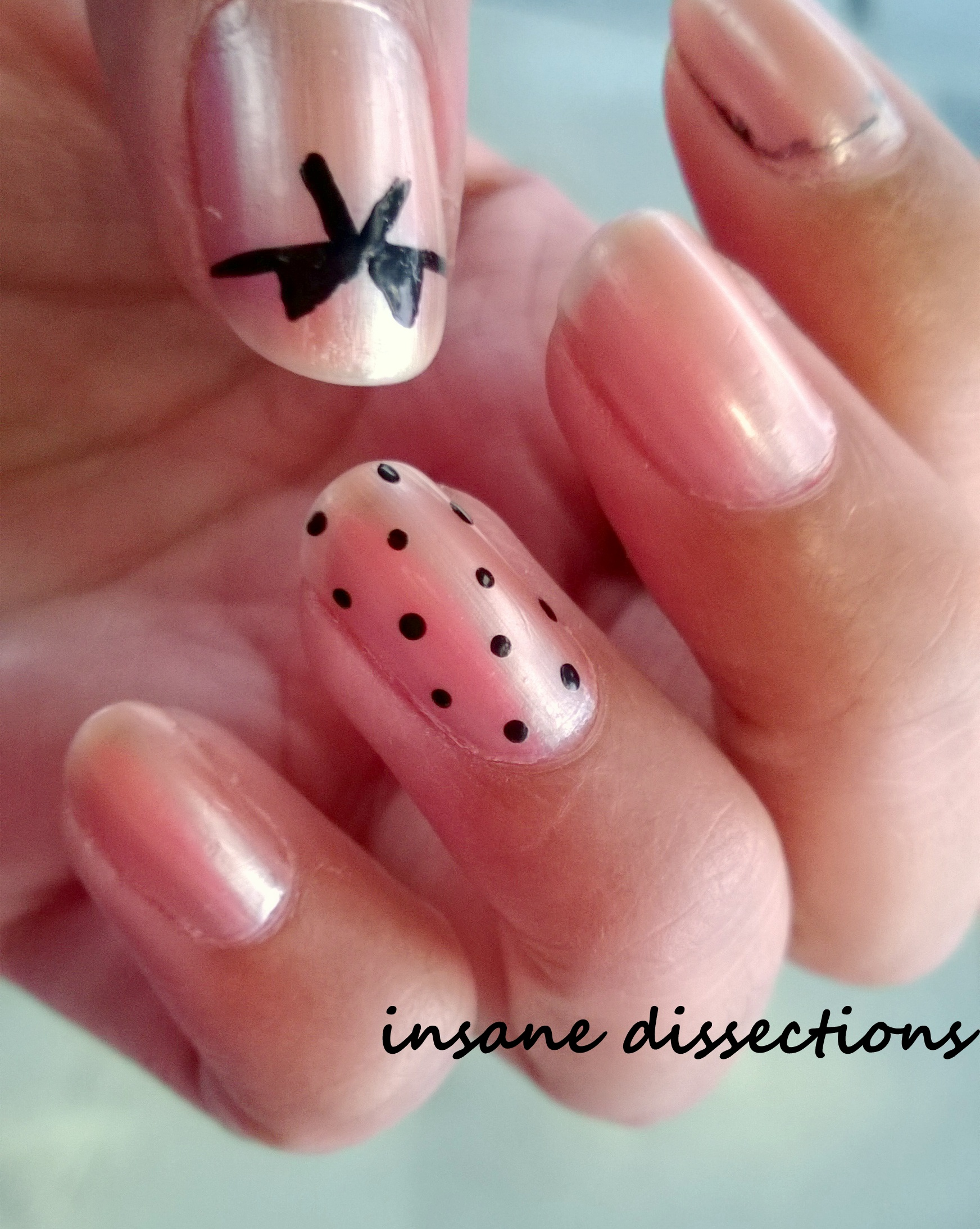 Rose Gold nail art: Dots & Bows | Insane Dissections