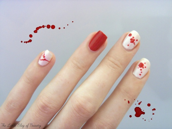 Halloween nail art - Dripping blood