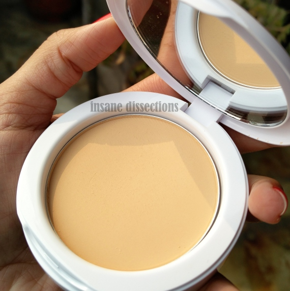 maybelline white superfresh compact review