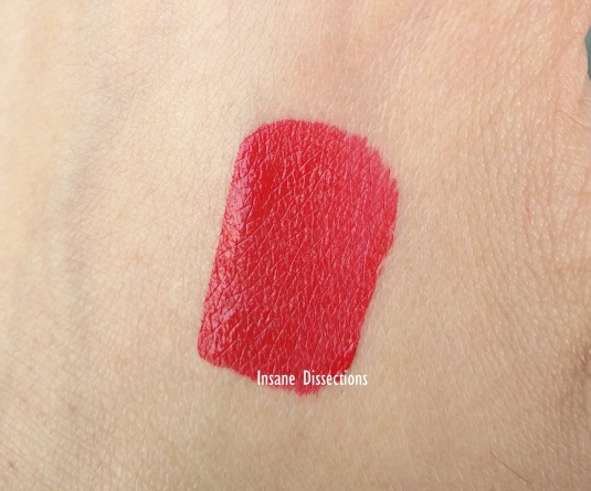Colorbar kissproof hollywood swatch