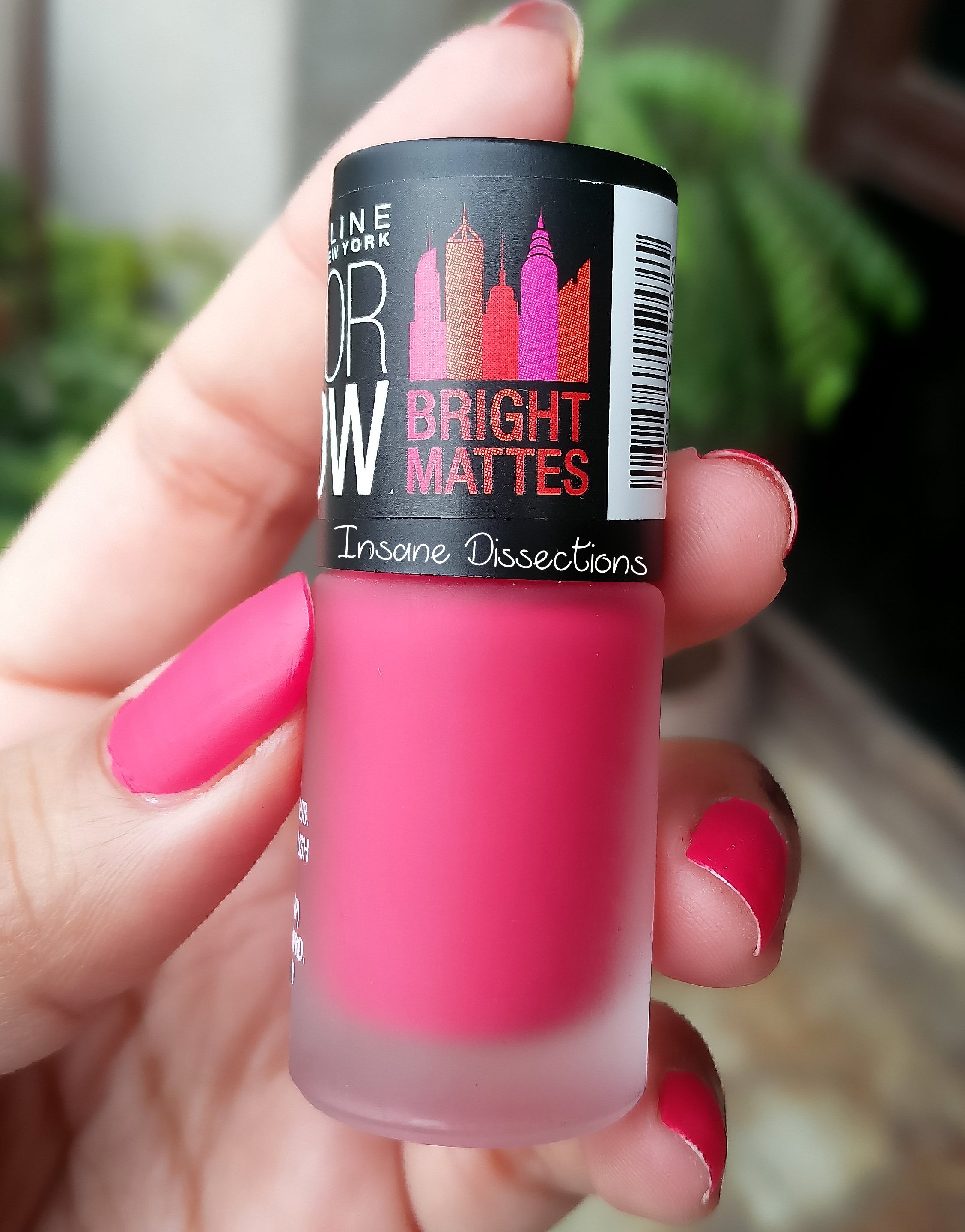Maybelline Matte Nail Polish Review - Creative Touch