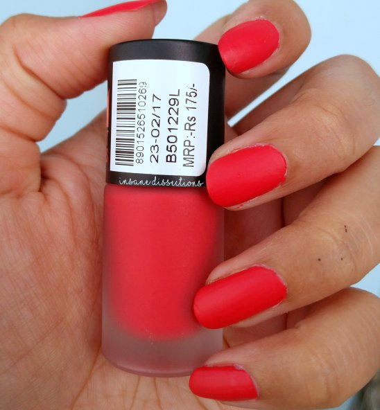 Maybelline Colorshow Bright Matte Nailpolish: Lively Rose