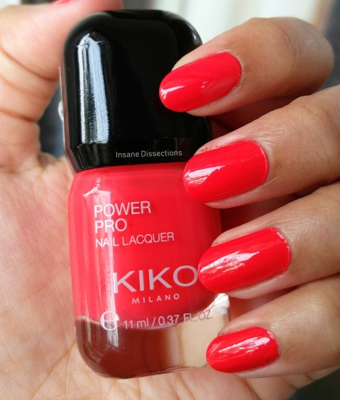 coral red nailpolish | Insane Dissections
